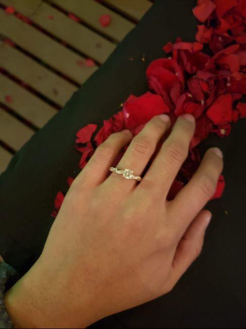 Compromiso: ¿Tenías las uñas arregladas? 4