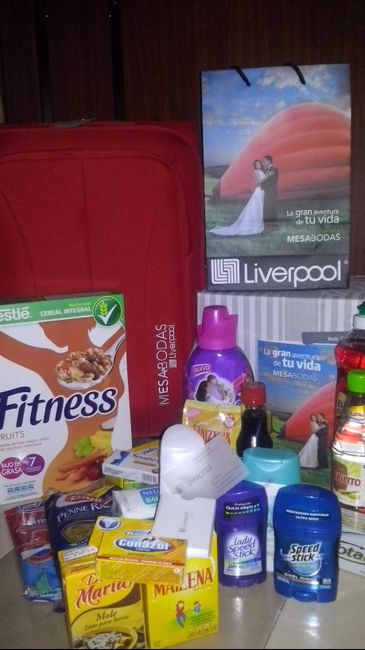 Obsequio Al Abrir Mesa De Regalos En Liverpool Foro Antes De La