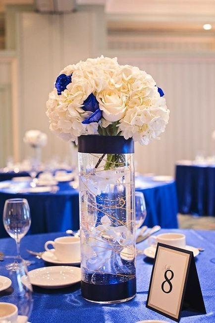 Centros de mesa en color azul 2