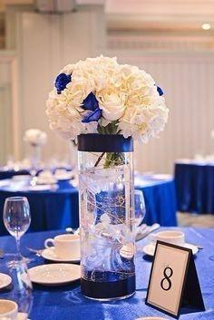 Centros de mesa en color azul 6