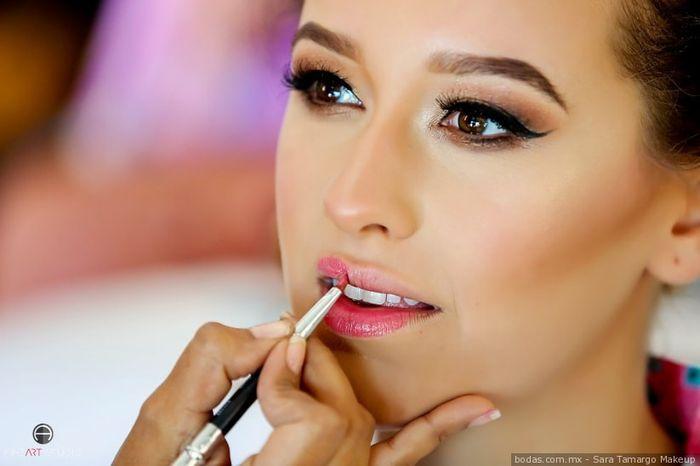Comparte tu maquillaje de labios 1