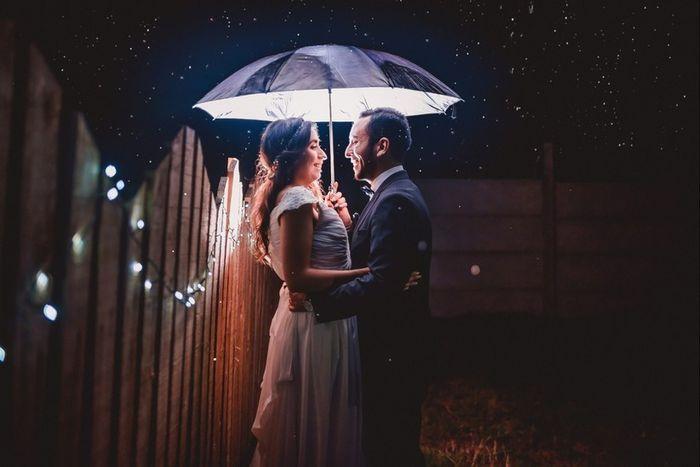 Ventajas de que LLUEVA en tu boda 🤔 3