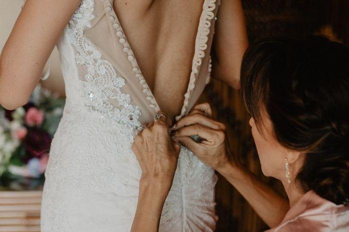 ¿Quién te acompañará a la prueba de vestido? 🎁 1