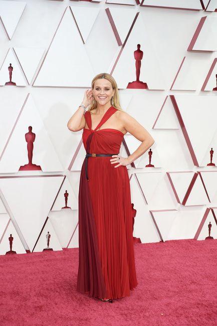 Premios Oscar 2021: ¡No te pierdas los mejores looks aquí! 👗 2