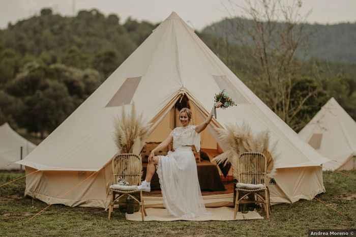 ¿Te gustaría pasar la noche de bodas en una carpa? 🌙 - 1