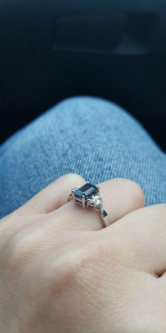Hubiera elegido otro anillo de compromiso: ¿V o F? 13