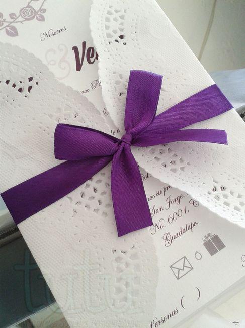Invitaciones Moradas con Plata 4