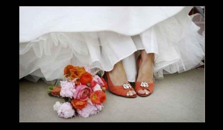 Que les parece estos zapatos para su gran día 🌈 - 1