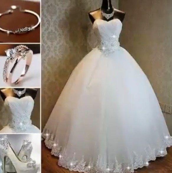 """vestidos de novia y ajuar. pasarela de ideas """"bonitos del mundo"""