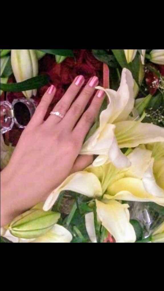 ¿Al cuánto tiempo de andar te propuso matrimonio? - 1