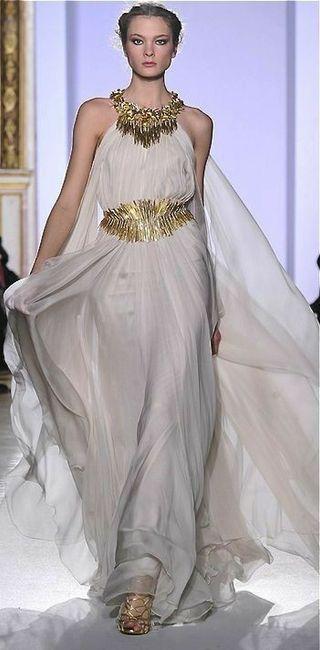 Tu vestido de novia con inspiración en diosas griegas 10