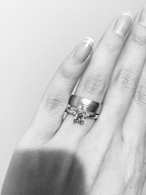 El verdadero brillo del anillo.. 1