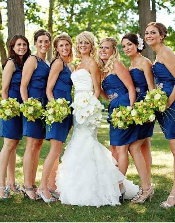 Damas en azul - 1