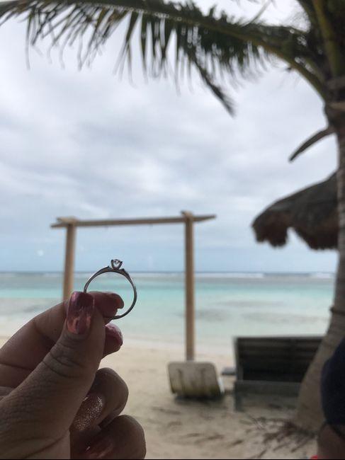 Hubiera elegido otro anillo de compromiso: ¿V o F? 19