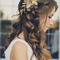 peinado con flores naturales