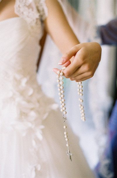 Matrimonio Leyendo La Biblia : Padrino de biblia y rosario foro bodas mx bodas mx