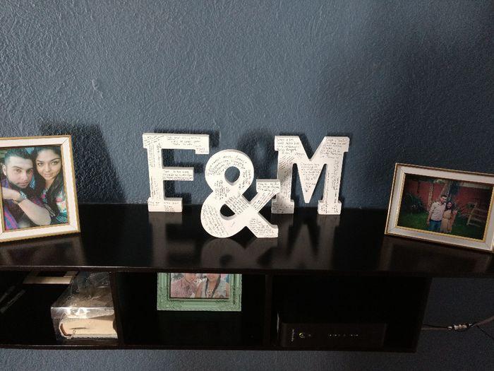 Nuestras letras firmadas y Cojines decorando nuestra casa  🏡 2