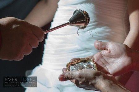 Signos Del Matrimonio Catolico : Signos y símbolos del sacramento del matrimonio foro ceremonia