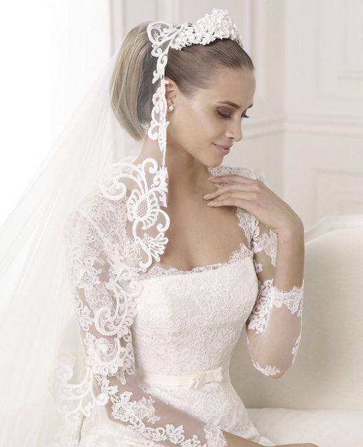 Peinados de novia con mantilla y tocado