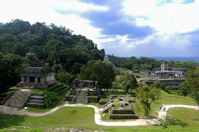 Zona Arquelógica en Palenque