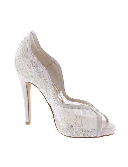 Zapatos: blanco vs color 1
