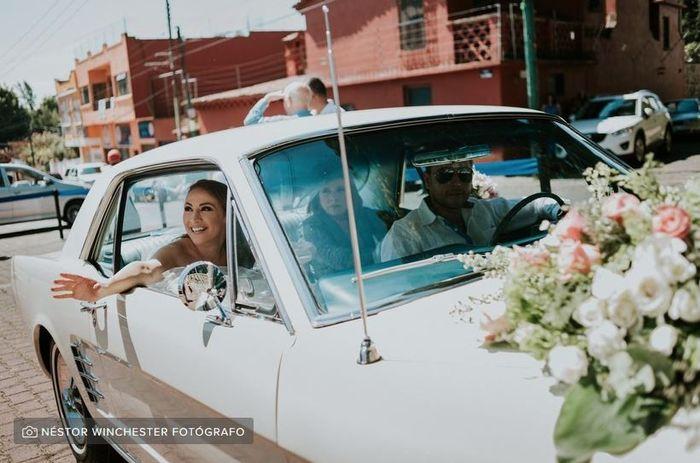 ¿Quién te acompañará en el coche camino a la boda? 1
