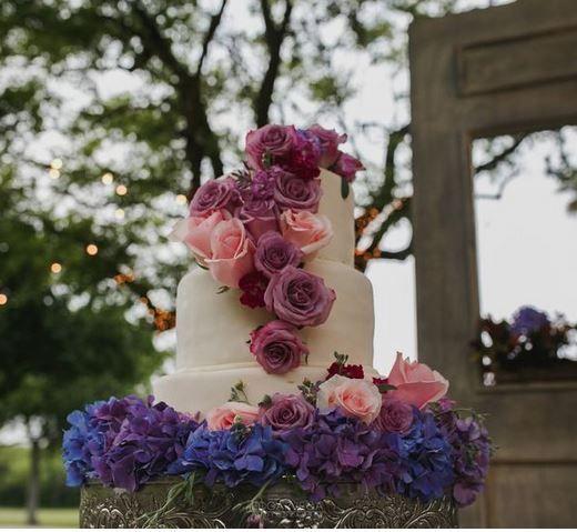 5 pasteles de boda con flores 1
