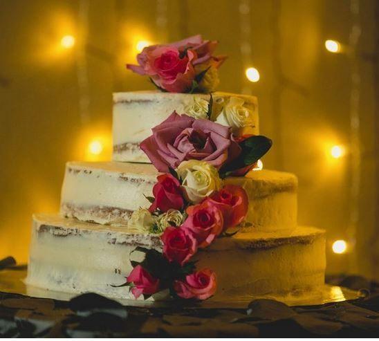 5 pasteles de boda con flores 3