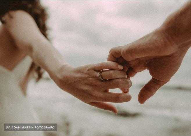 Esencial o lujo: anillo de compromiso 1