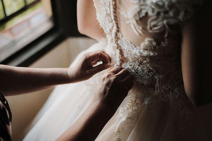 4 fotos de tu vestido de novia que no pueden faltar en el álbum 3