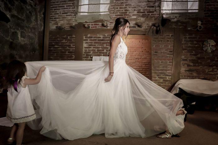 4 fotos de tu vestido de novia que no pueden faltar en el álbum 4