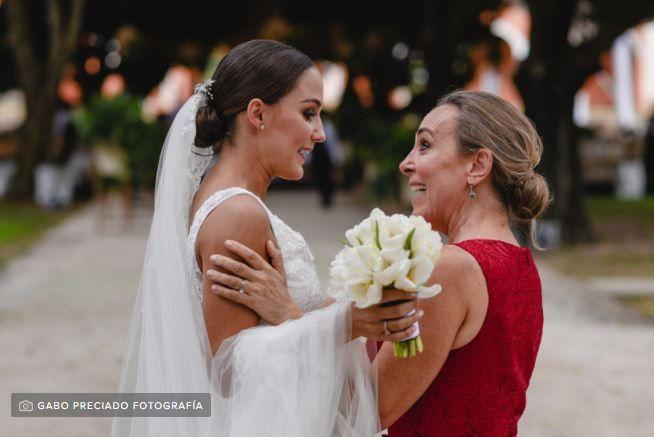 ¿Cuál suegra se está involucrando más en la boda?  🎁 1