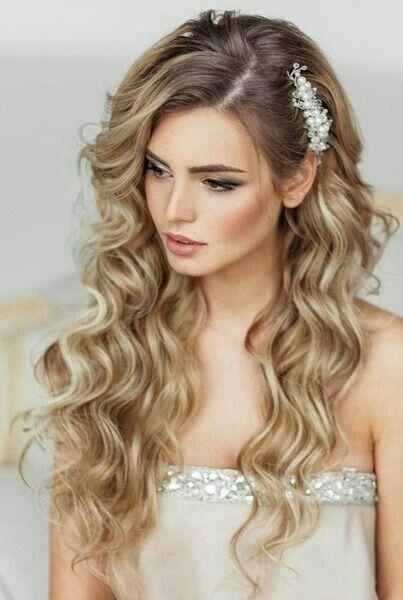 Peinado novia semi recogido velo