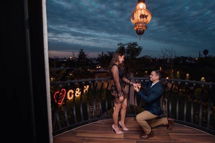 ¿Tu pareja se arrodilló cuando hizo la propuesta?🎁 5