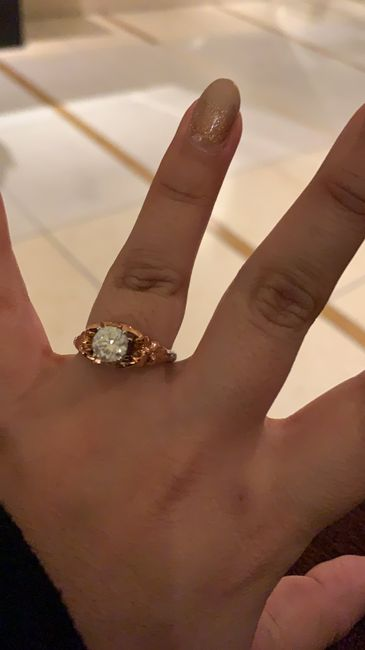 Hubiera elegido otro anillo de compromiso: ¿V o F? 16