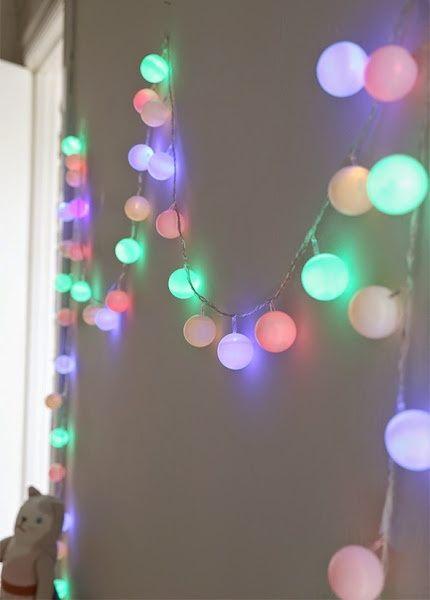 Diy guirnalda con leds y bolas de ping pong foro for Guirnalda de luces bolas