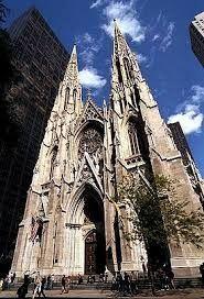 Obviamente la iglesia sería una catedral y por supuesto que si tuviera los recursos sería en Mew Yor
