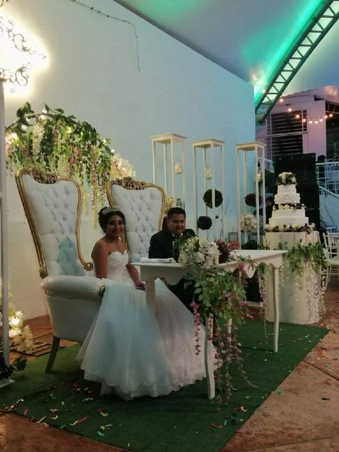 2 meses de casados! 5