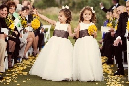 el cortejo de niños en la boda - foro ceremonia nupcial - bodas.mx