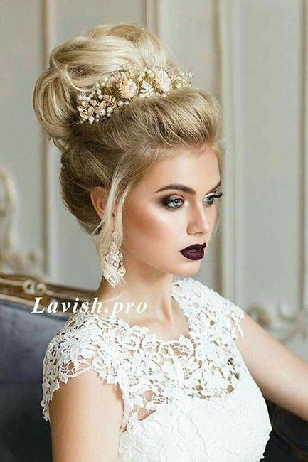 Peinados de novia chongos altos