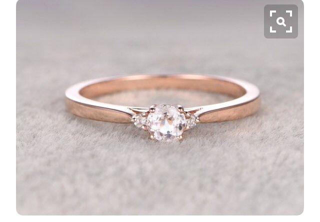 607a9b8c5082 Anillo oro rosa... pasa de moda    - Foro Moda Nupcial - bodas.com.mx