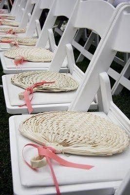 Recuerdos de iglesia 8 fotos manualidades para bodas for Sillas para novios en la iglesia