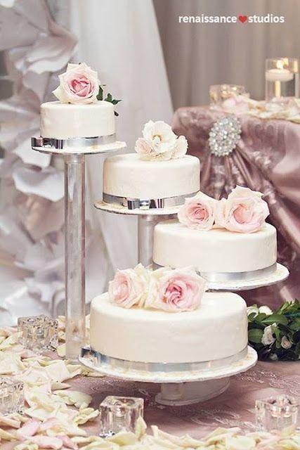 Pasteles de boda con flores 26