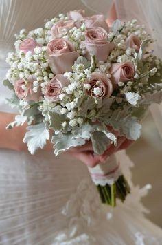 ¿Ramo con flor natural o Artificial? 1