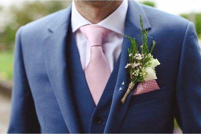novio corbata rosa - foro moda nupcial - bodas.mx