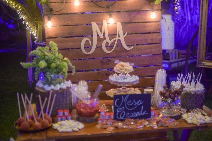 Mi propia mesa de dulces. 🍭🍬 3