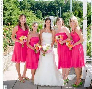 67cf64abb Ideas  vestidos de dama en color rosa mexicano - Foro Moda Nupcial ...