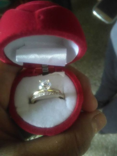 Hubiera elegido otro anillo de compromiso: ¿V o F? 6