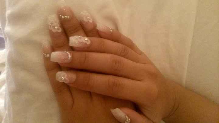 uñas blancas 1