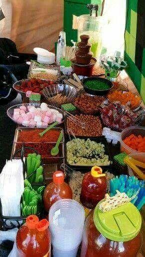 Mesa de botanas foro organizar una boda for Decoraciones faciles y economicas
